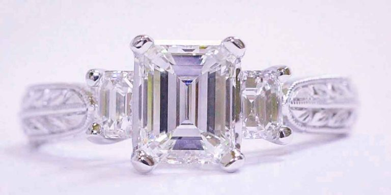 See an Appraiser before Visiting a Sell Diamonds New York Establishment